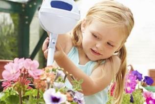 Am Nachmittag gärtnern wir mit Lily !